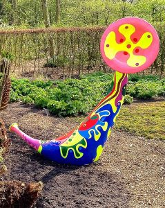 Sculpture - Trumpet Flower Srylyn Dejo - Toyism Art Movement